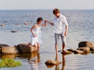 Tantraferien an der Nordsee: männliche und weibliche Qualitäten unterstützen sich und gehen Hand in Hand.