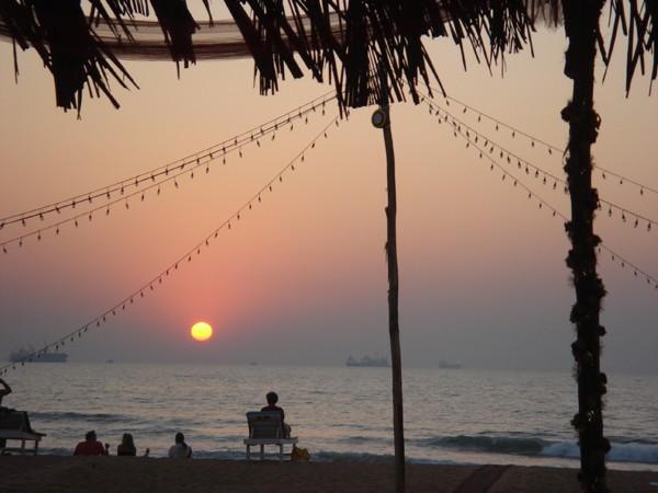 4Goa-Candolim-Beach-Meditation-1-08