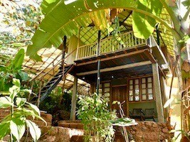 Sensitive Tantra-Workshops in the lovely Khamma Kethna Treehouse Resort near Agonda Beach in the forest of Goa.