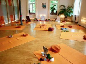 Die ruhige naturnahe Umgebung unterstützt unseren tantrischen Prozess.